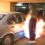 絶対に許さん!斬新過ぎる南アフリカの自動車強盗対策