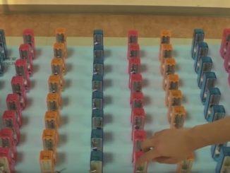 64個のメトロノームを用意して実験開始