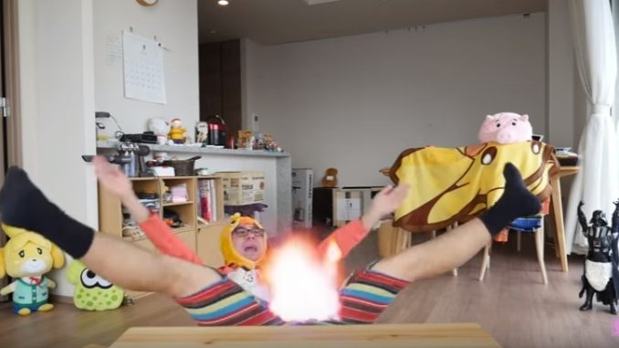 股ぐらが破れたシーンだけで様々な効果を乗せていく爆笑動画