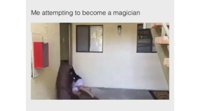 マジックに大失敗する男性